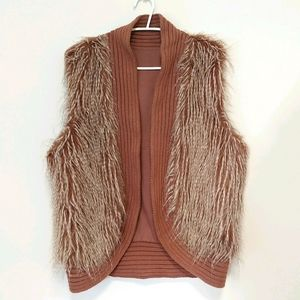 Wintry rib and mock hair vest